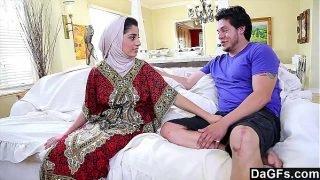 Dagfs – Arabic Chick Nadia Ali Tastes White Cock