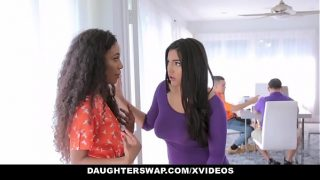 DaughterSwap – Horny Latina Teens (Demi Sutra) (Julz Gotti) Having an Orgy